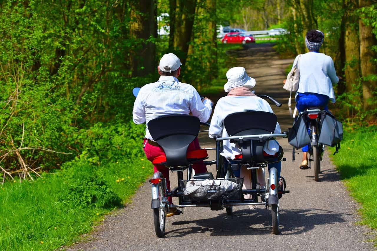 Seniors who exercise live longer and enjoy life more
